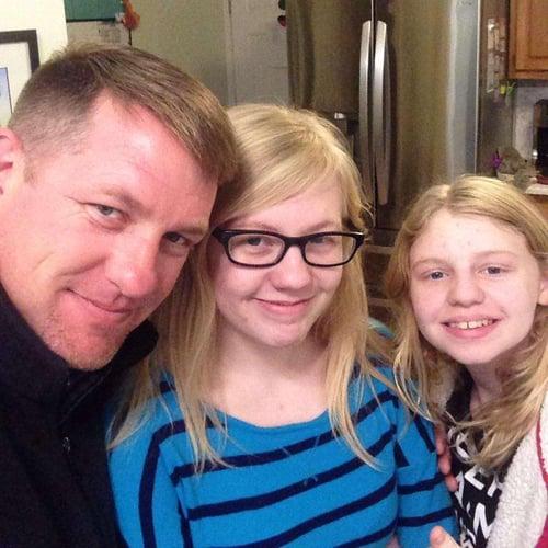 Paule and his daughters