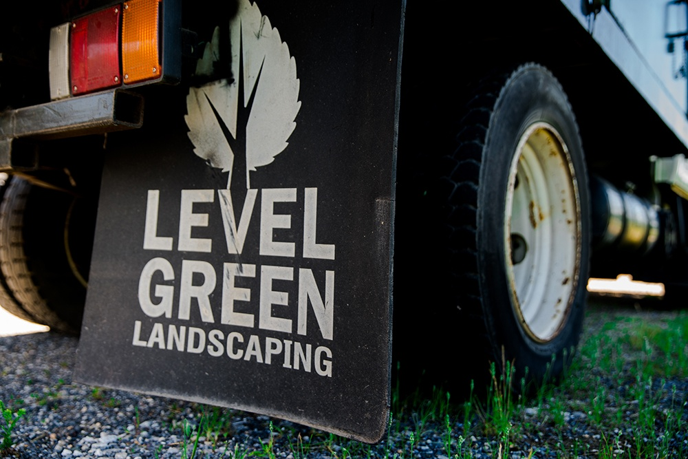 level green landscaping employees many managers