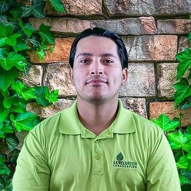 David Saravia (West)